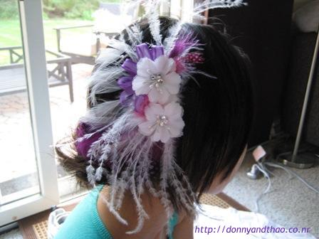 DIY feather hair comb fascinator for wedding, bride